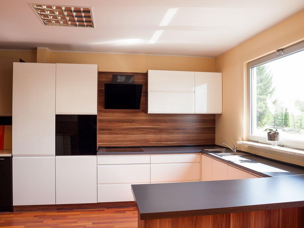 Kuchnie i szafy  ELMRO  meble na wymiar, meble na   -> Kuchnia Meble Gotowe